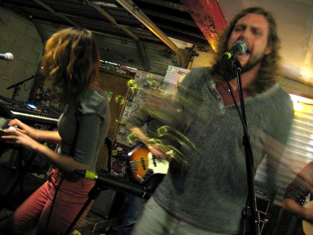 L'anarchiste (Rob LeCheminant, right; Melissa Lapray, left) performing at Kilby Court