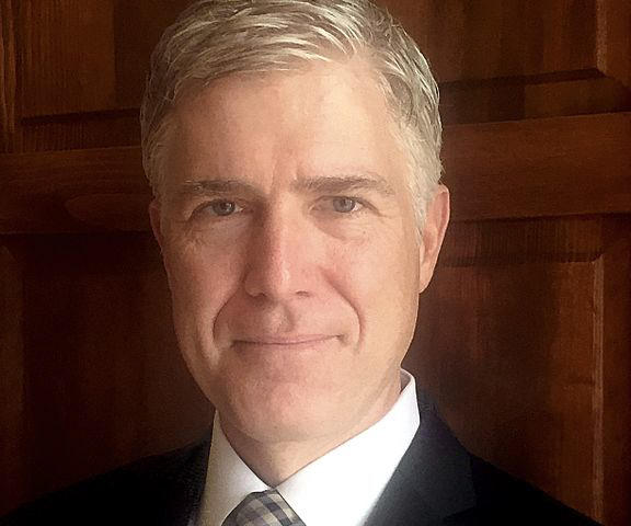 Trump picks his Supreme Court nominee: Neil Gorsuch