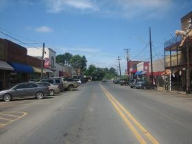 The downtown streetscape of Logansport, La., will not be impacted by the Sabine River bridge project.