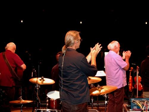 BeauSoleil avec Michael Doucet Applaude at Close of Show