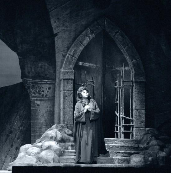 Leontyne Price as Leonora