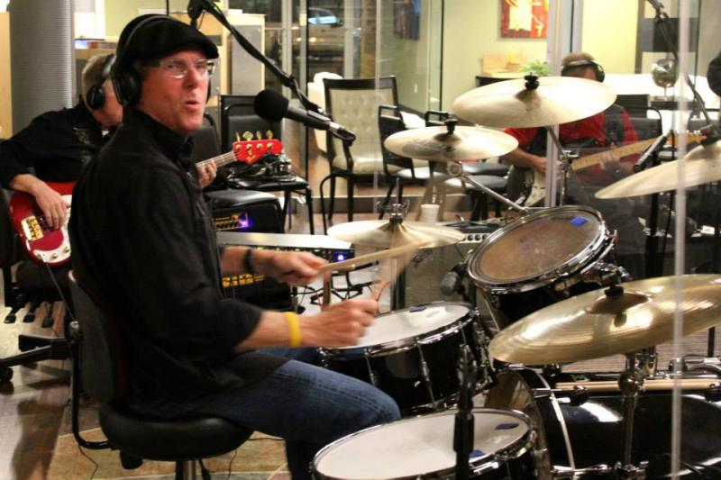 Rufus Lemaire: Vocals & Drums