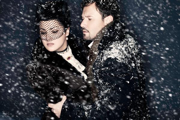 Anna Netrebko as Tatiana and Mariusz Kwiecien as Eugene