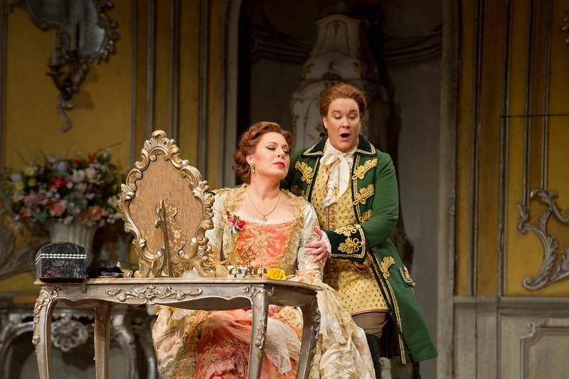 Martina Serafin as the Marschallin and Alice Coote as Octavian