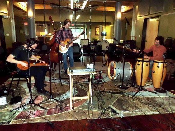 Twang Darkly live in the Red River Radio studios