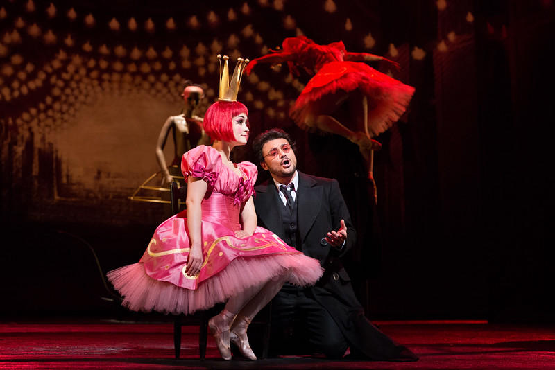 Erin Morley as Olympia and Vittorio Grigolo in the title role