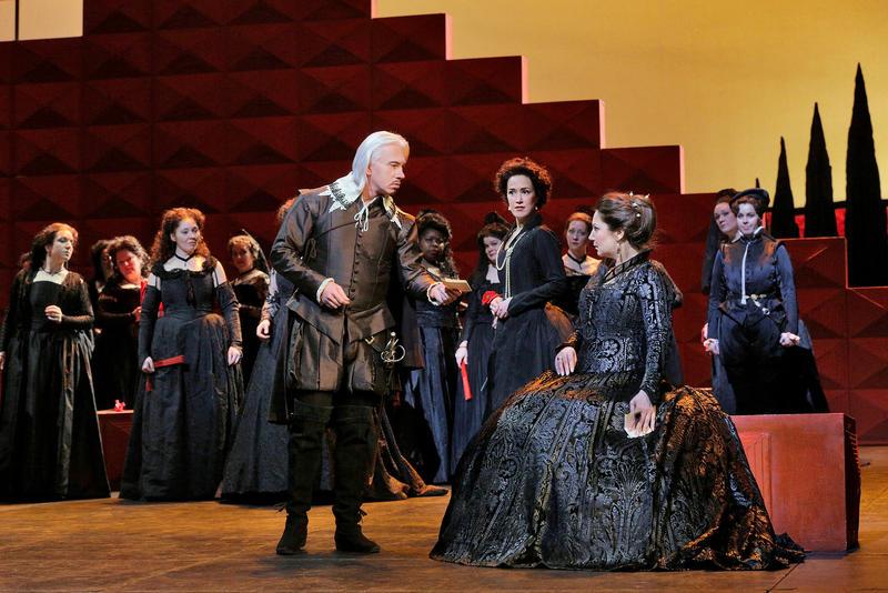 Dmitri Hvorostovksy as Rodrigo and Barbara Frittoli as Elisabeth