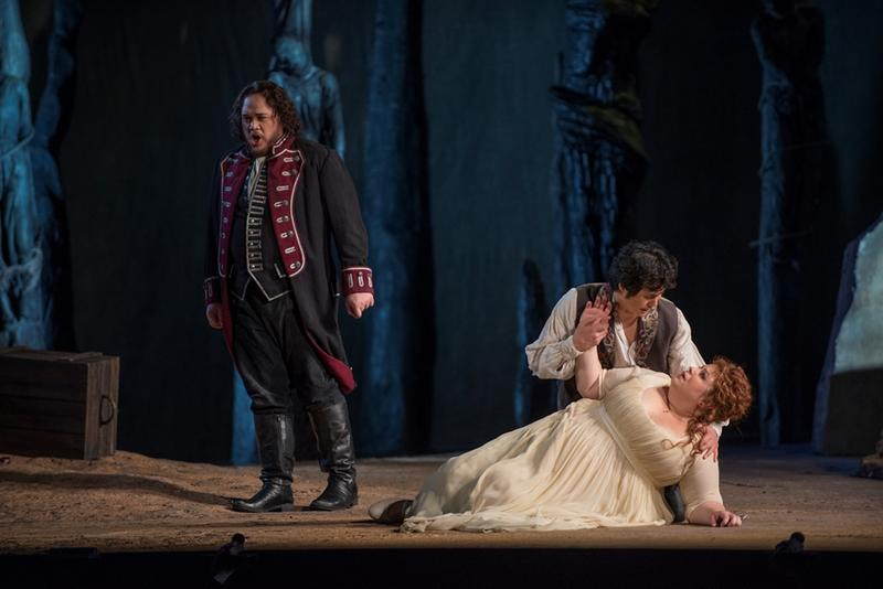 Quinn Kelsey, Yonghoon Lee, and Amber Wagner in IL Trovatore at Lyric Opera
