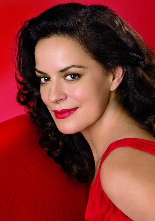 Nancy Fabiola Herrera sings the role of Maddalena in Verdi's Rigoletto