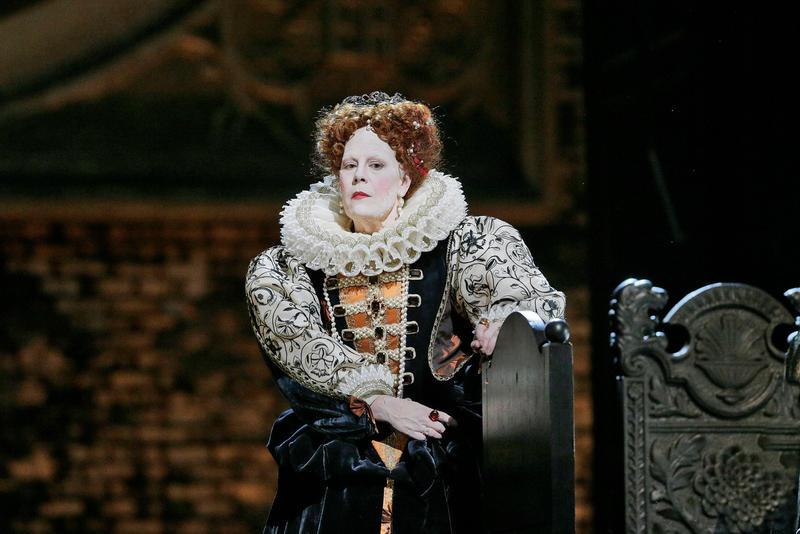 Sondra Radvanovsky as Elisabetta