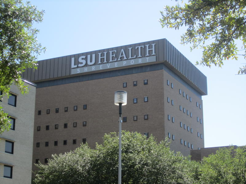 https://commons.wikimedia.org/wiki/File:LSU_Health_Sciences_Center,_Shreveport,_LA_IMG_2364.JPG