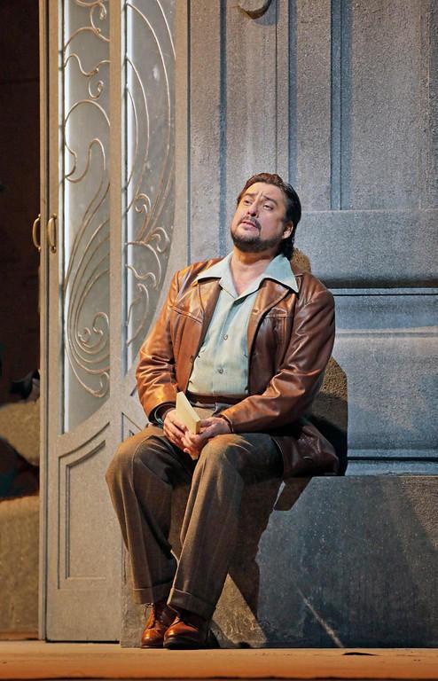 Marcelo Álvarez as des Grieux in Puccini's Manon Lescaut