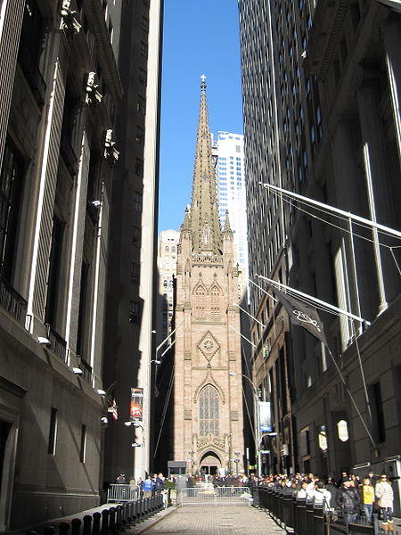 https://commons.wikimedia.org/wiki/File:Trinity_Church_NYC_004b.JPG