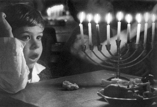 https://en.wikipedia.org/wiki/Hanukkah