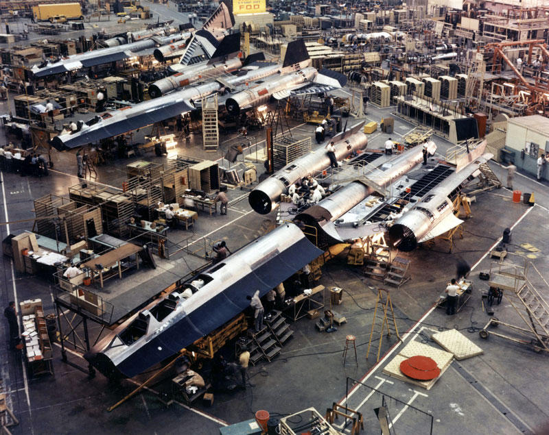 SR-71 production at Lockheed Skunk Works