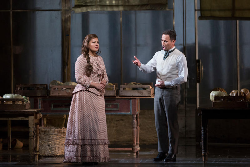 Anna Netrebko as Tatiana and Mariusz Kwiecien as Onegin in Tchaikovsky's Eugene Onegin
