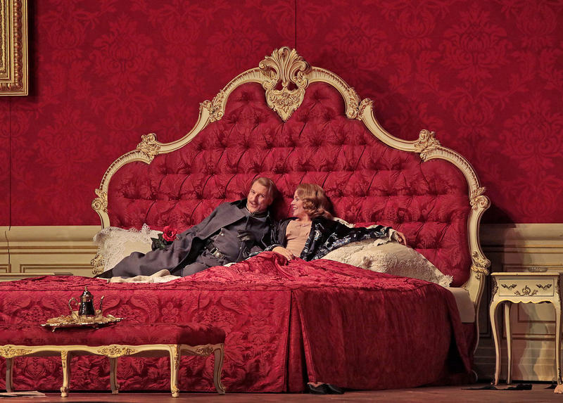 Günther Groissböck as Baron Ochs and Renée Fleming as the Marschallin in Strauss's Der Rosenkavalier