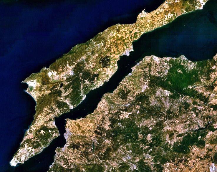 https://commons.wikimedia.org/wiki/File:Dardanelles_landsat.jpg