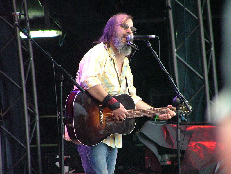https://commons.wikimedia.org/wiki/File:Steve_Earle_2.jpg