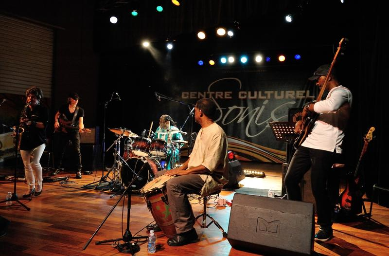 Fusion Americain - Francais Performance at Centre Culturel Sonis,  Les Abymes, Guadeloupe, March 24, 2017 Lynn Riley, saxophone; Patrick de Caumette, guitar; Will Calhoun, drums; Max Kiavue, percussion; Rubin Edwards, bass.