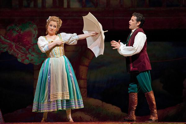"Diana Damrau as Adina and Juan Diego Flórez as Nemorino in Donizetti's ""L'Elisir d'Amore."""