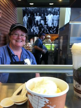 Stephanie Hanson serves TJ's Ice Cream at Mount Rushmore National Memorial.