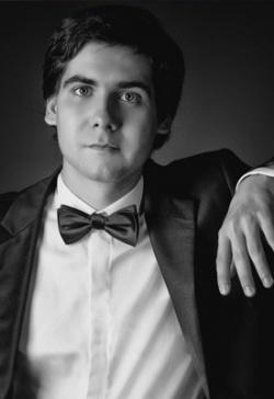 Ukranian pianist Vadym Kholodenko