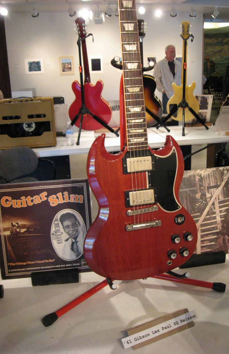 Reissue of a 1961 Gibson Les Paul SG.