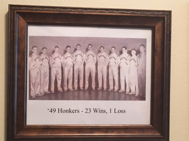 Coach Bill Welsh and Claremont Basketball Team, 1949