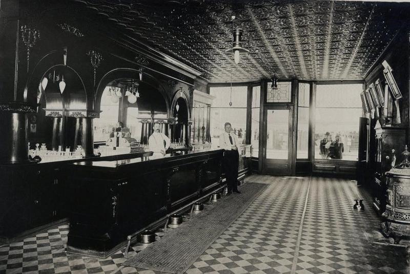 Sebastian Saloon in Belle Fourche