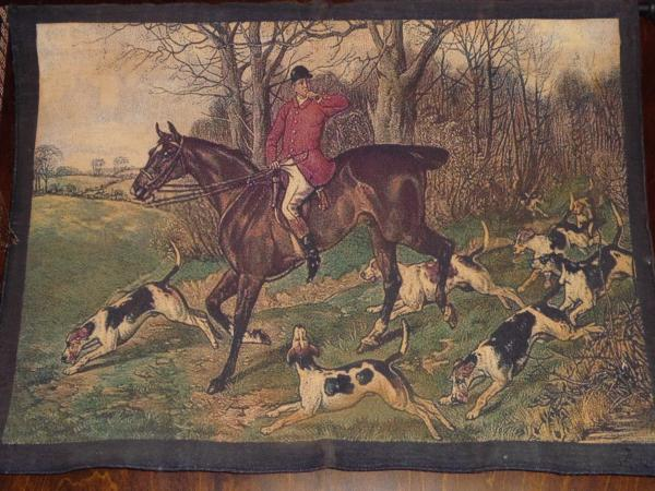 British hunting scene adorns wall of The Wobbly Bobby