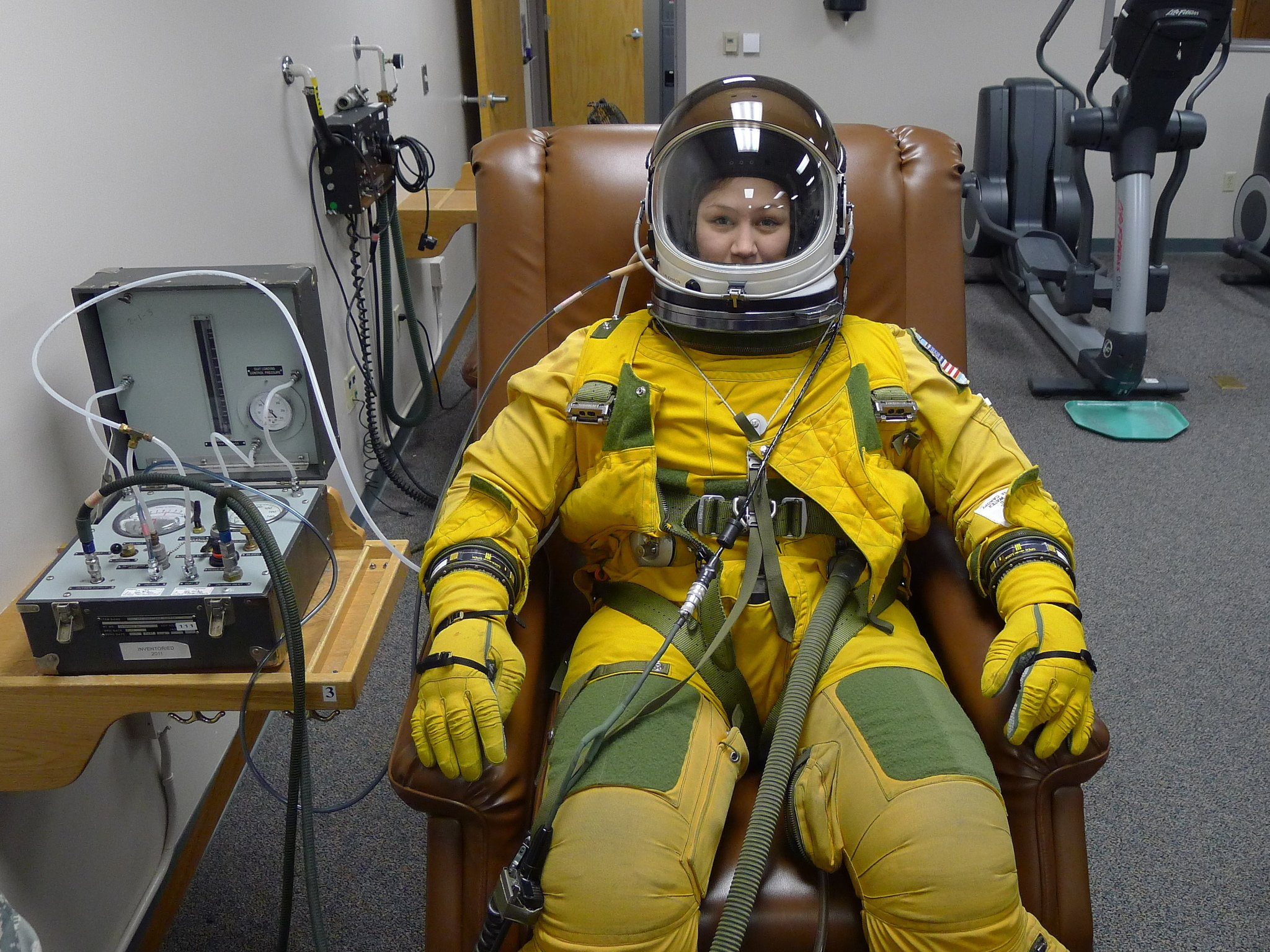 Pressurized Space Suit Woman (page 4) - Pics about space