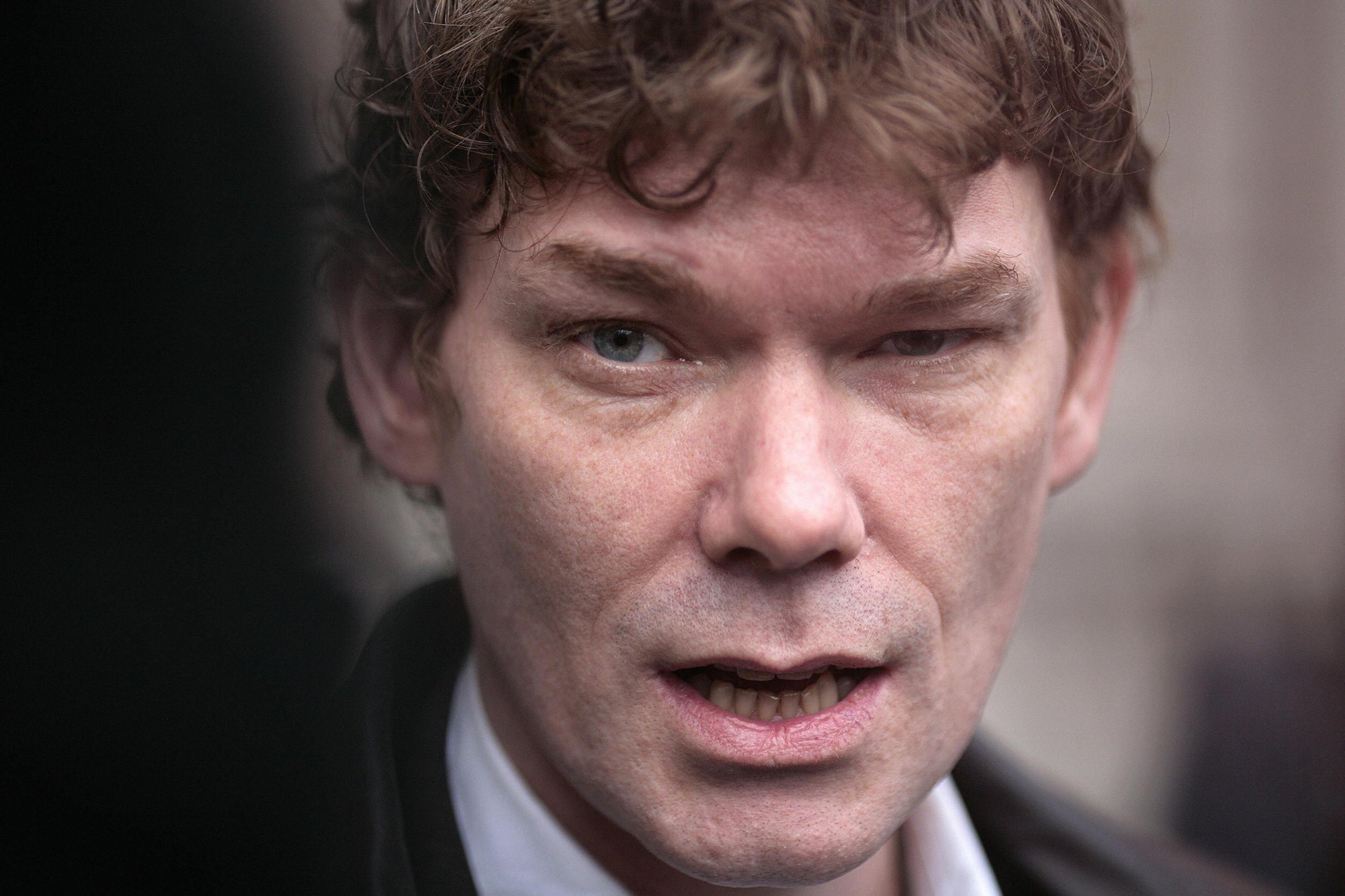Адвокаты британского хакера Гари Маккиннона, взломавшего компьютеры