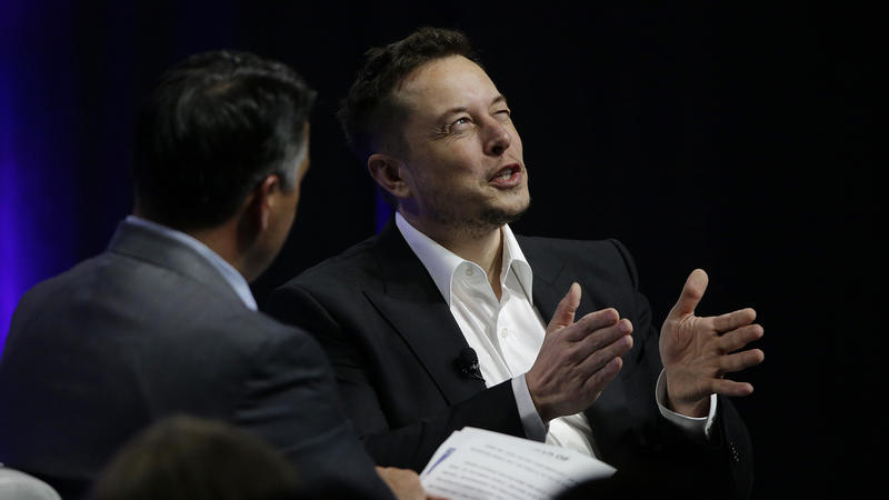 Tesla Ceo Elon Musk Speaking To U S Governors This Weekend Told The Political Leaders That Artificial Intelligence Poses An Existential Threat To Human