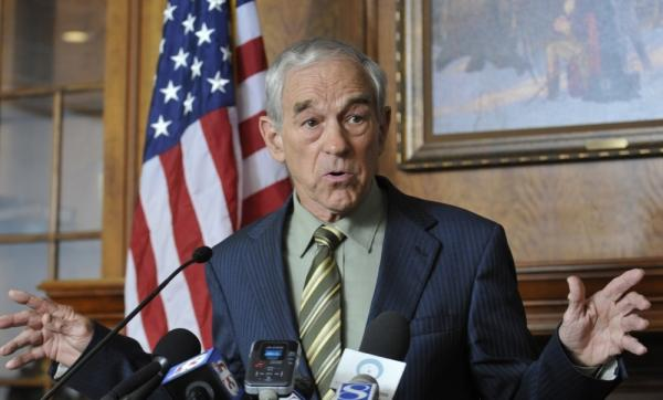 Republican Texas Rep. Ron Paul announces to supporters that he's forming a campaign exploratory committee on April 26, 2011 in Des Moines, Iowa.