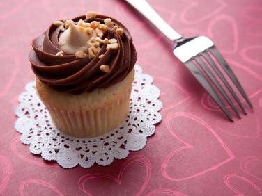 Resisting urges, like choosing a healthful option rather than a cupcake, can reduce willpower in other, more important, areas of life, psychologists say. This raises new questions in how people are affected by poverty.