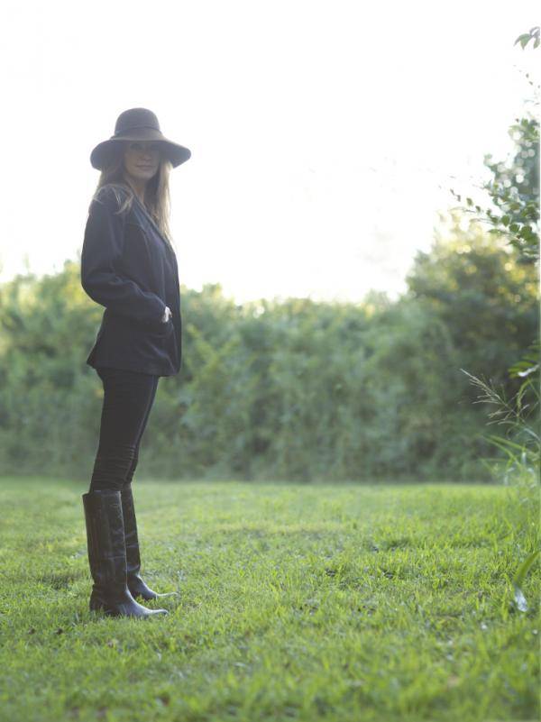 Matraca Berg's latest album is called <em>The Dreaming Fields</em>.