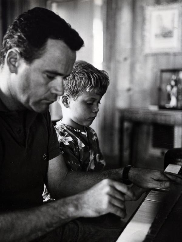 Jack Lemmon with his son, Chris, circa 1960.