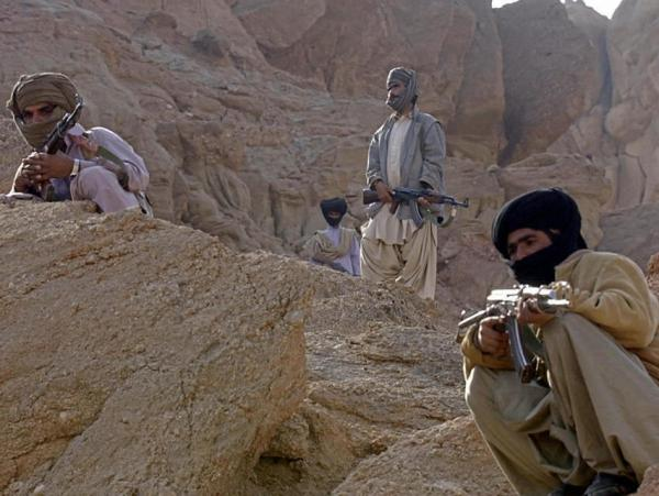 Dera Bugti, Pakistan: tribal guards stand alert. (2006 file photo.)