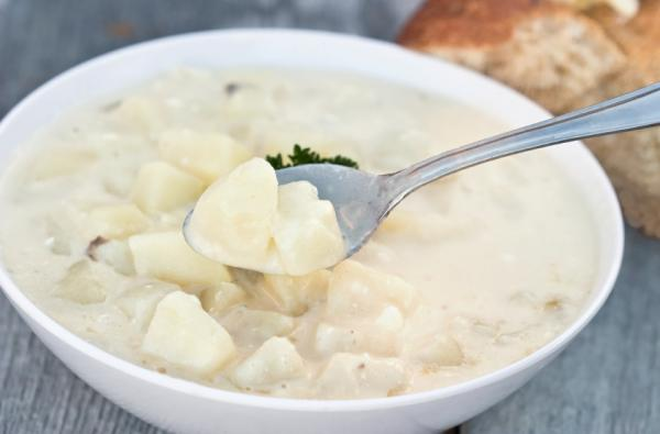 If your potato soup came from a bulging, unrefrigerated container, don't even taste it.