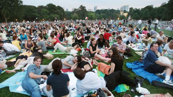Patrons at a 2007 New York Philharmonic concert in Central Park. This year, the Philharmonic abruptly cancelled its annual summer concert series for the first time since 1965.