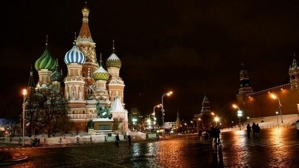<strong></strong><strong>Remembering Russia's Dark Past:</strong> Tom Rob Smith's crime novels follow Soviet security agent Leo Demidov through 1950s Moscow, when Josef Stalin ruled the Kremlin and simply associating with the wrong people could land you in jail.