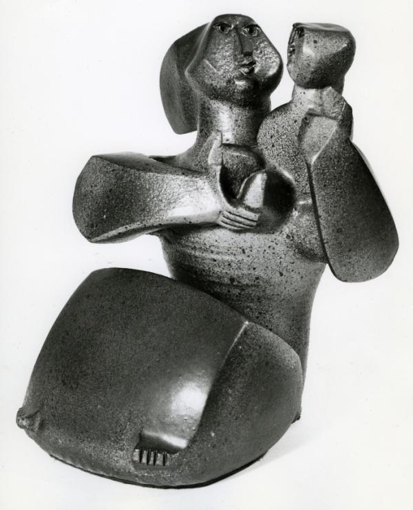 Made of glazed stoneware, Dora De Lario's <em>Mother and Child</em> (1968) is part of a collection of works that reflect on the history of Mexican-American artists in Southern California.