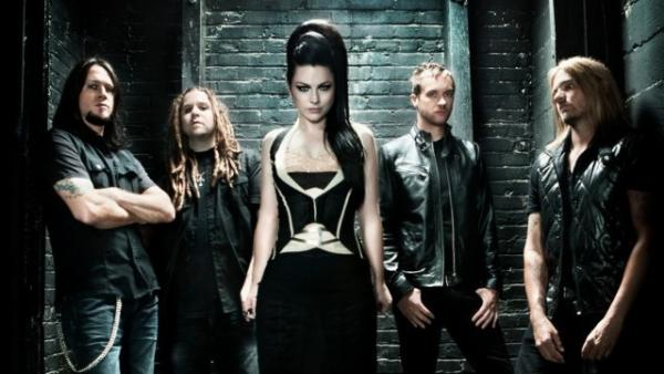<p>Evanescence's self-titled third album is out this week.</p>