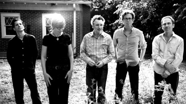 <p>The Jayhawks. Left to right: Marc Perlman, Karen Grotberg, Mark Olson, Gary Louris, Tim O'Reagan.</p>