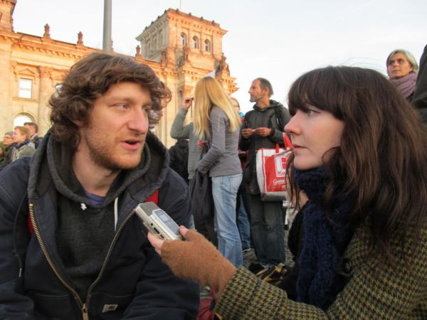 <p>American Sean Hunter Williams participated in Occupy Berlin this Saturday to show solidarity with the Occupy Wall Street protesters in New York City.</p>