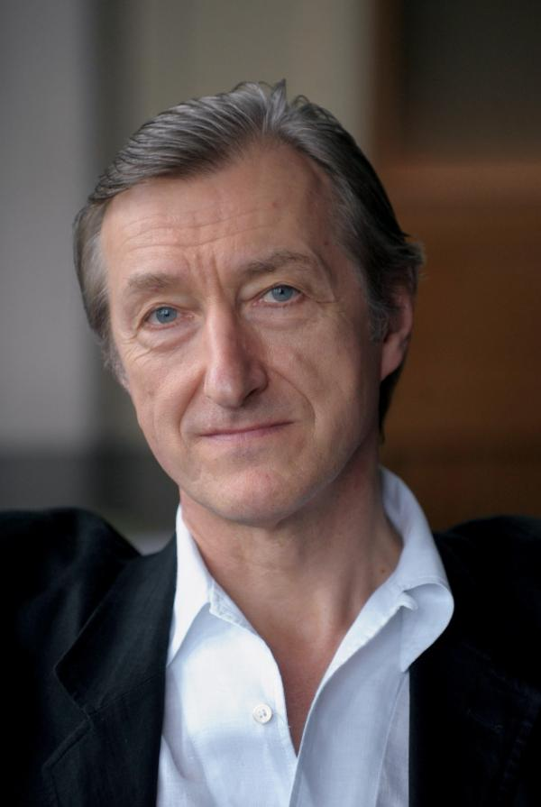 <p>Julian Barnes is the author of <em>Metroland</em>, <em>Flaubert's Parrot</em> and <em>England, England</em>. </p>