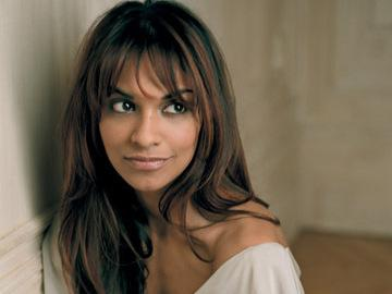 <p>Soprano Danielle de Niese.</p>