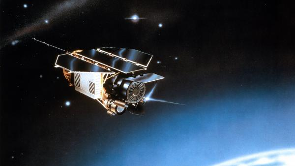 <p>The X-ray satellite ROSAT was shutdown in 1999 and will re-enter the Earth's atmosphere this weekend.</p>