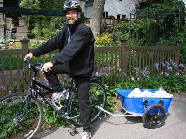 When it comes to biking and health, Dr. Jonathan Patz practices what he preaches.